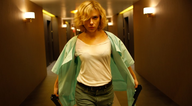 Scarjo is about to go gangsta