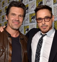 Downey Jr and Brolin ham it up for the cameras